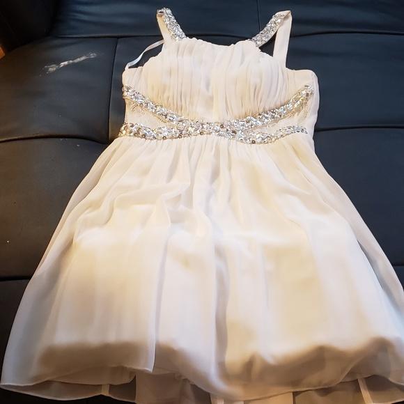 Dresses & Skirts - Formal Homecoming dress